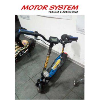 Monopattino elettrico Roadster 300 blu